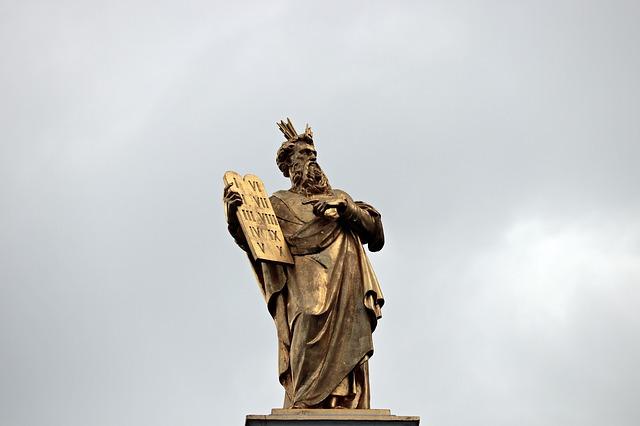Ten Copywriting Commandments
